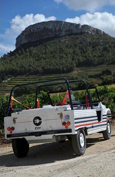 Louer une Méhari Électrique EDEN en Provence