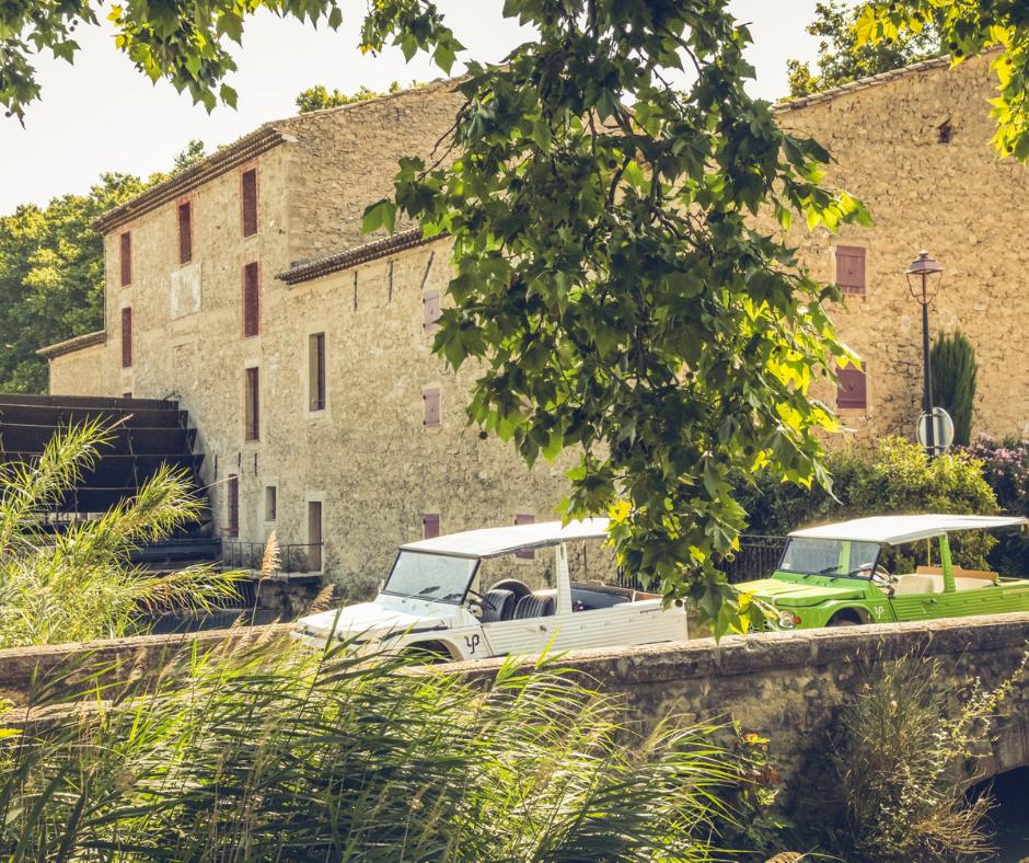 Location d'une méhari en Provence