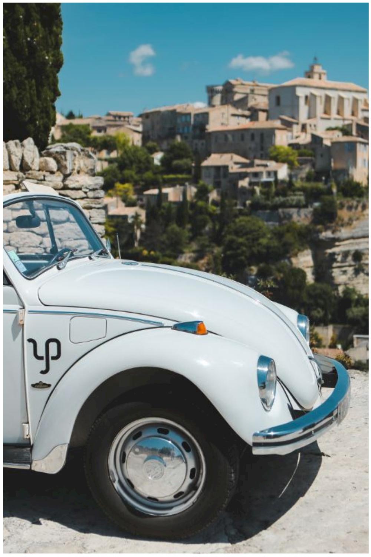 Coccinelle cabriolet en Provence