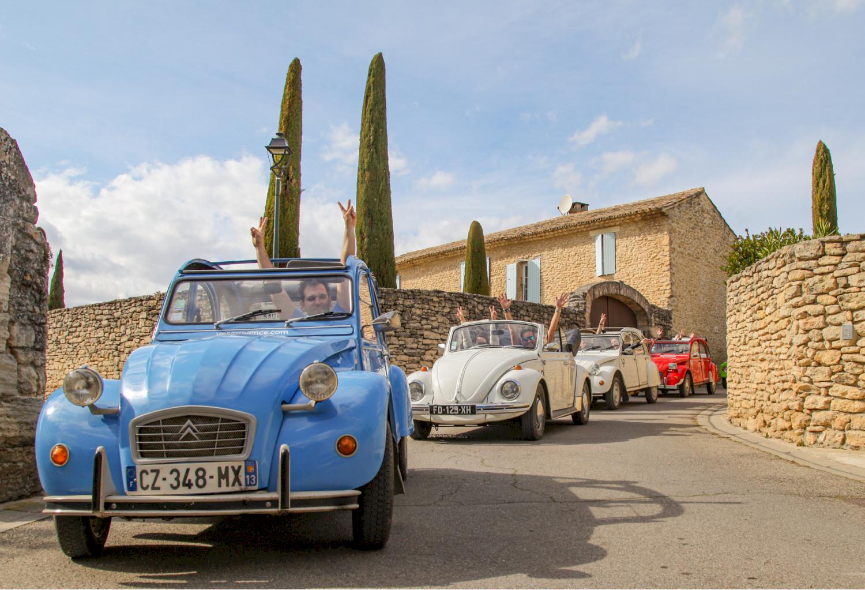Location voiture vintage dans le Luberon en Provence